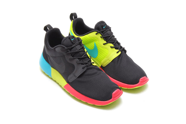 en soldes ce1d2 009c2 Nike mise sur la couleur avec ses Roshe Run Hyperfuse ...