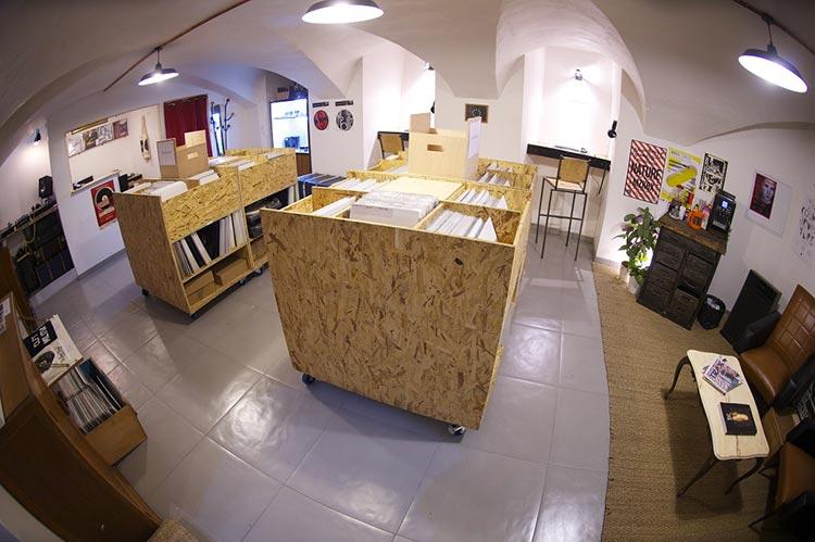 Chez Emile Records Shop