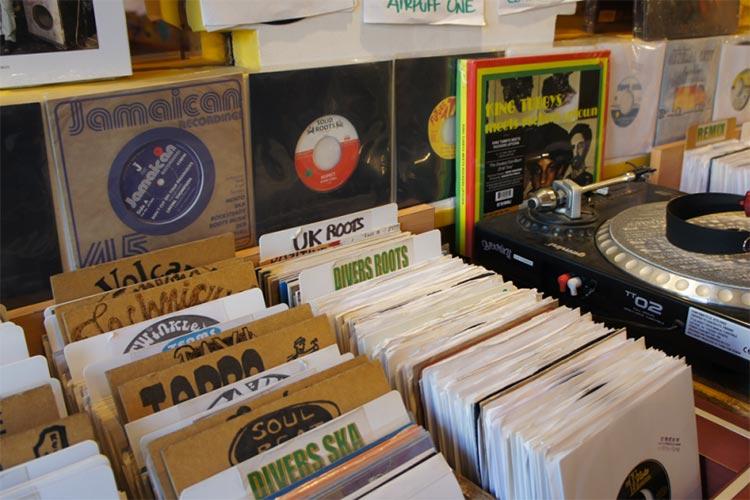 livity reggae 5 Quai de Bondy, Lyon 5ème