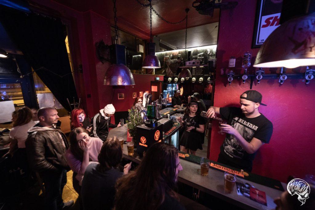 Redrum bar grenoble - guide beyeah
